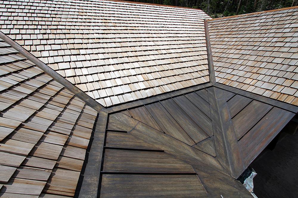 Cedar Roofs Amp 5 Reasons To Consider A Cedar Roof